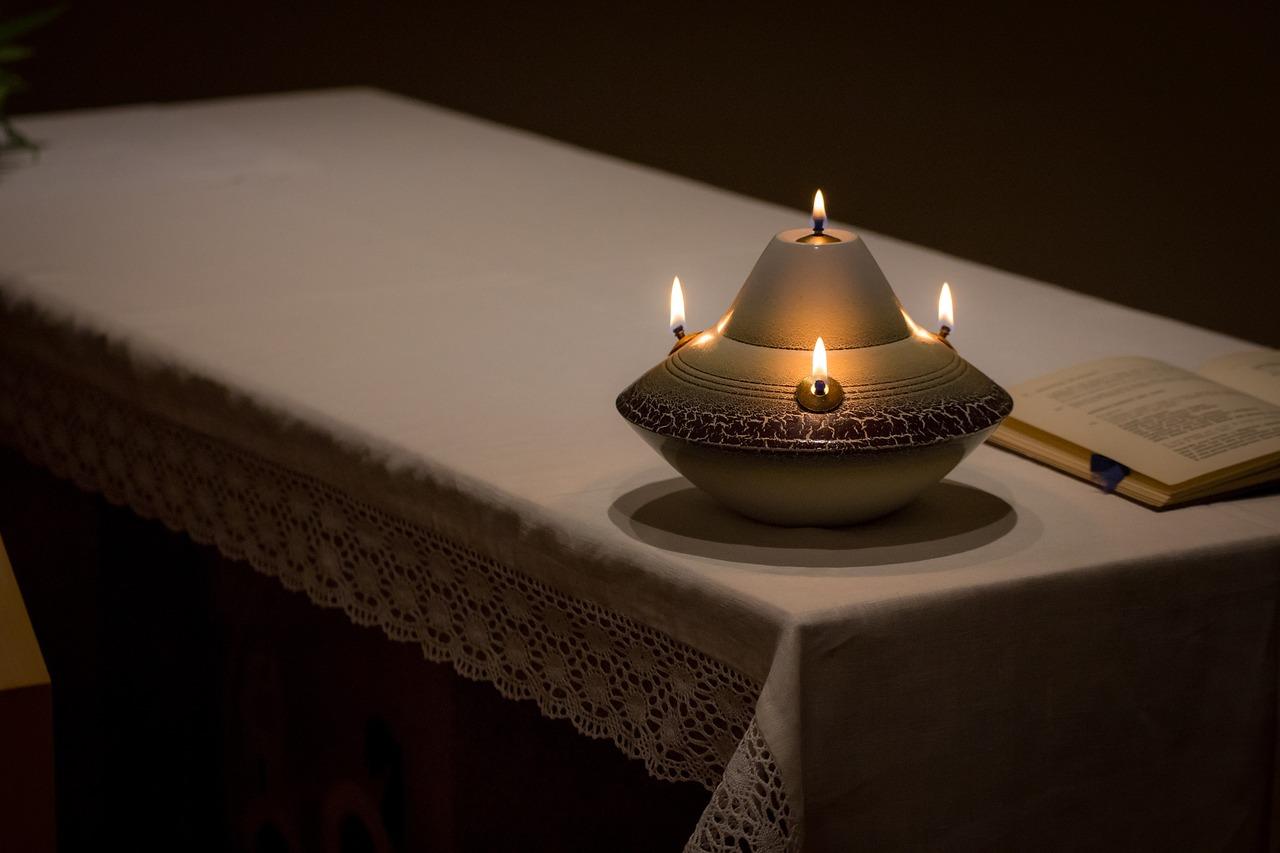 candle-1912947_1280.jpg